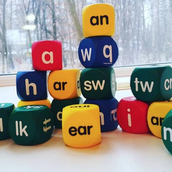 Клуб раннего языкового развития Baby-Bilingual Club